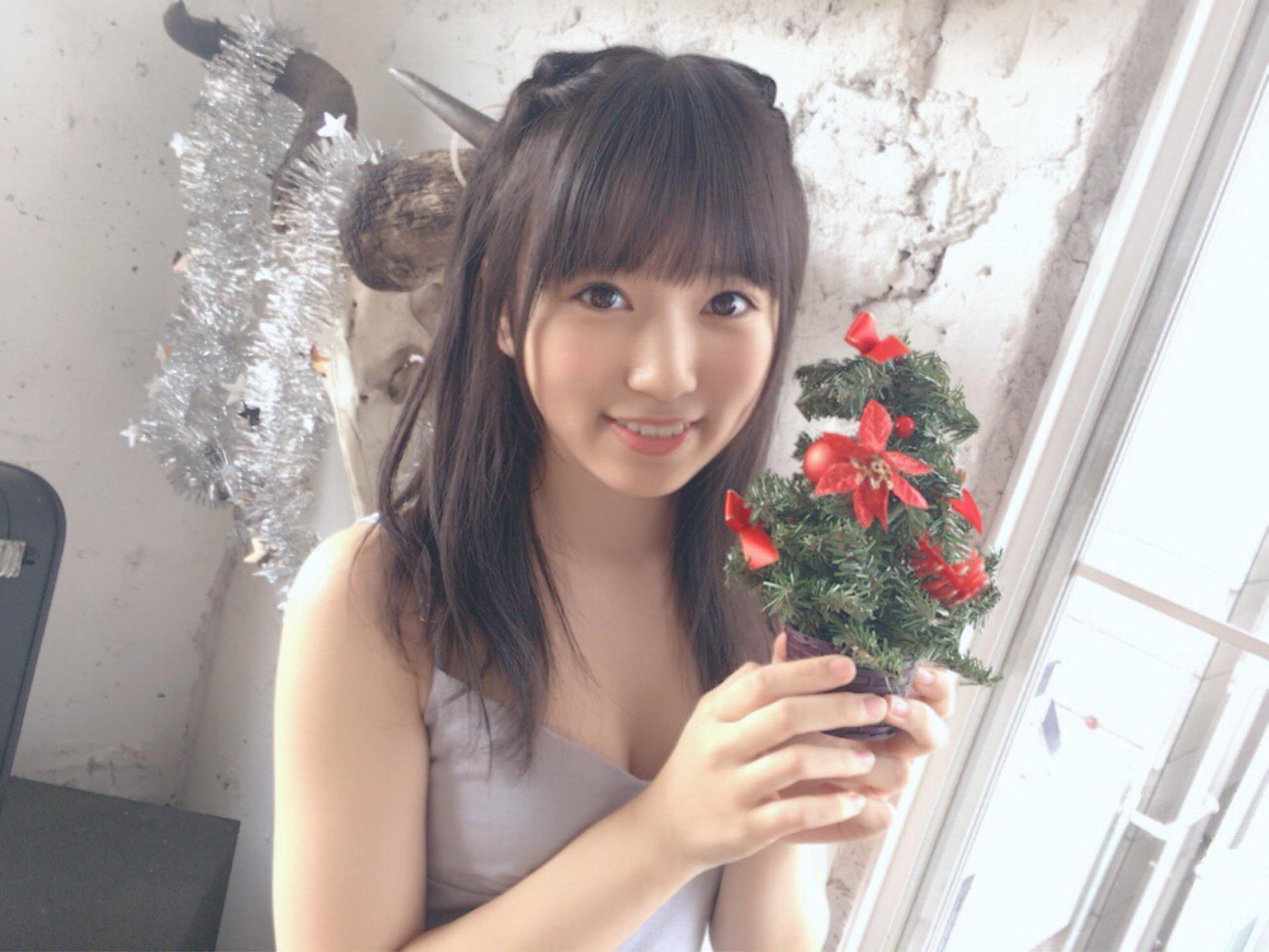 矢吹奈子のセクシー画像